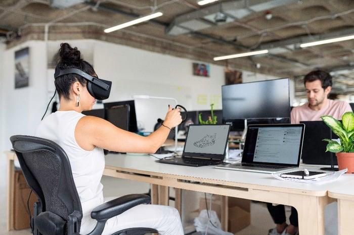 kantoor van de toekomst - technologie